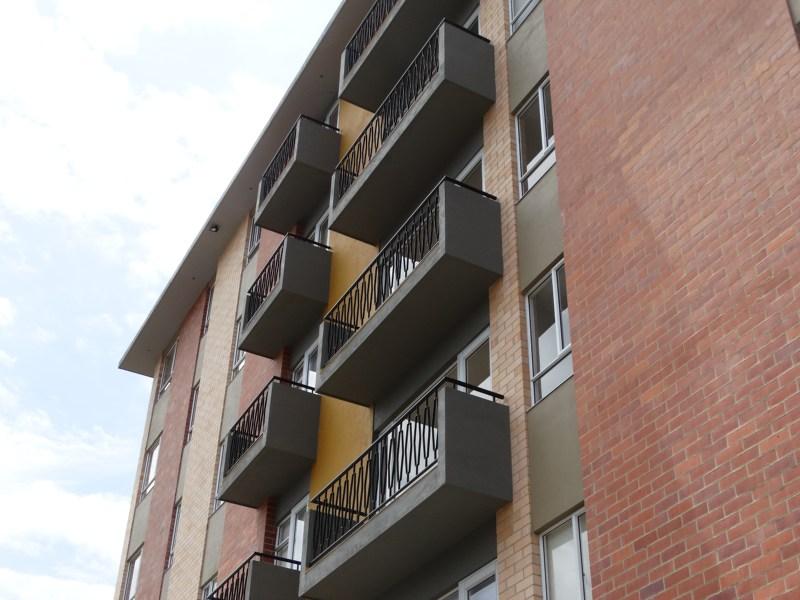 Fachada Apartamentos Piso 3, 4, 5 y 6.